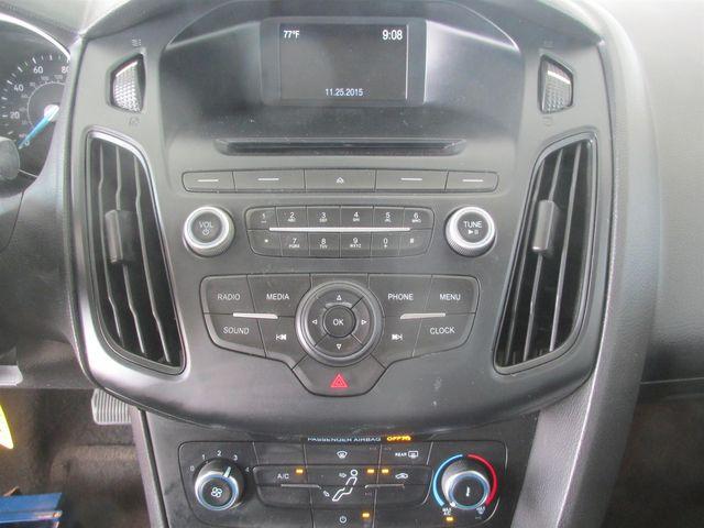 2016 Ford Focus SE Gardena, California 6