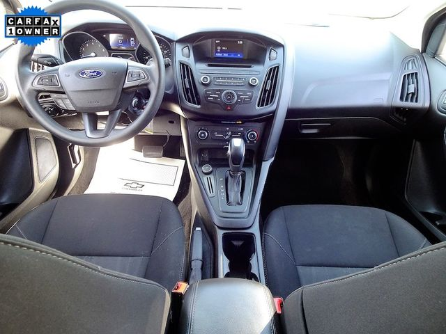 2016 Ford Focus SE Madison, NC 32