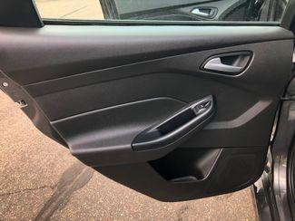 2016 Ford Focus SE Maple Grove, Minnesota 16
