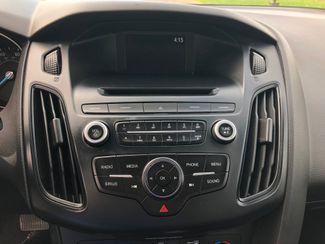 2016 Ford Focus SE Maple Grove, Minnesota 21