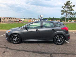 2016 Ford Focus SE Maple Grove, Minnesota 4
