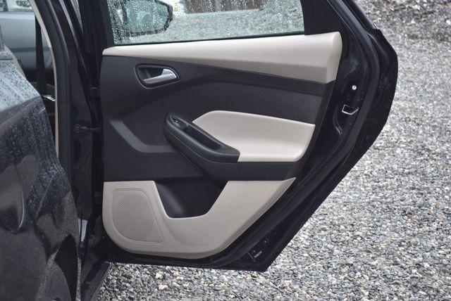 2016 Ford Focus SE Naugatuck, Connecticut 9