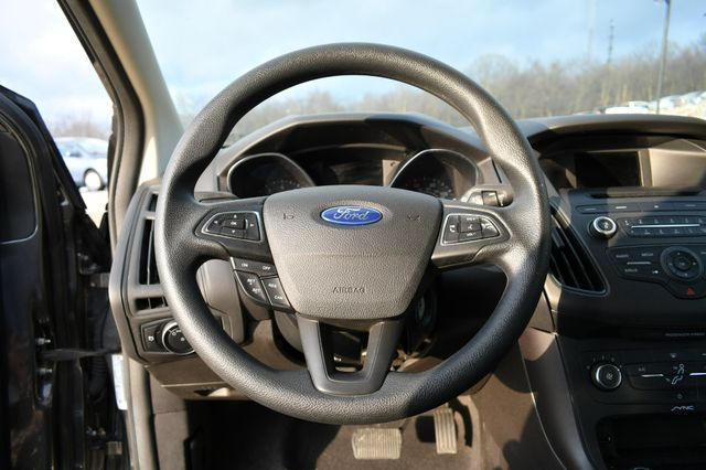 2016 Ford Focus SE Naugatuck, Connecticut 16