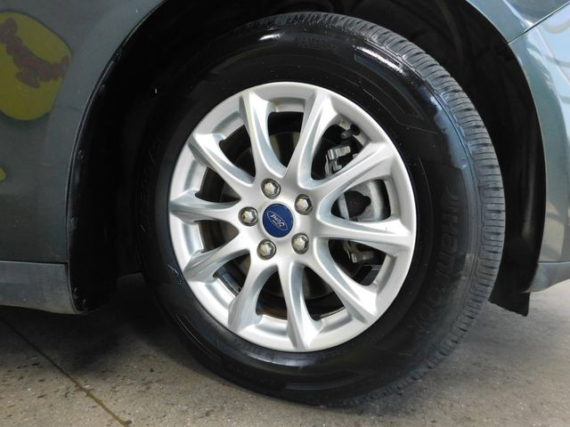 2016 Ford Fusion S in Airport Motor Mile ( Metro Knoxville ), TN 37777