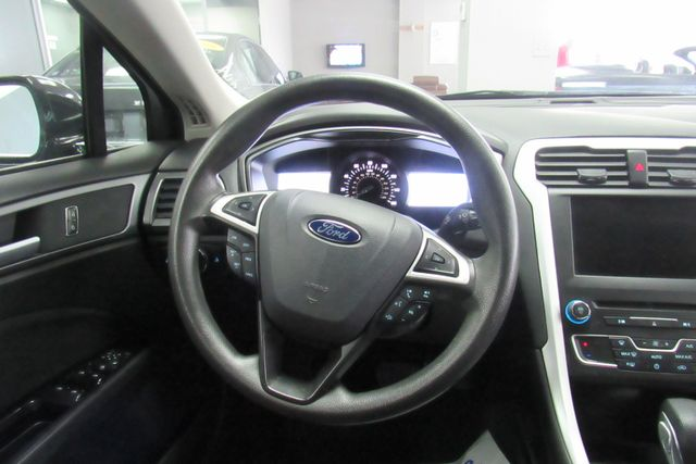 2016 Ford Fusion SE W/ BACK UP CAM Chicago, Illinois 18