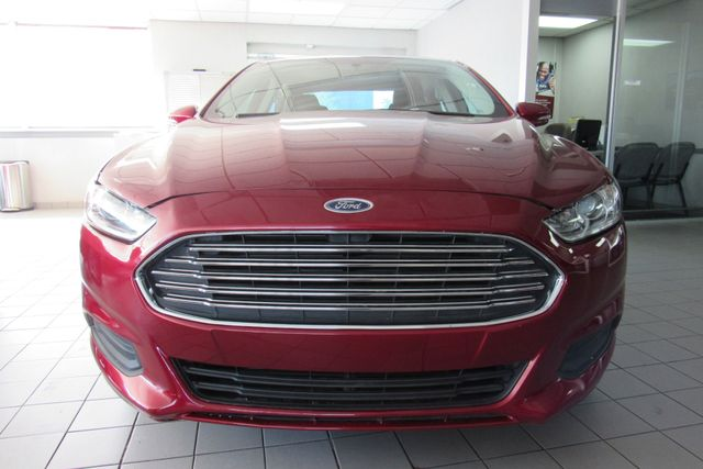 2016 Ford Fusion SE W/ BACK UP CAM Chicago, Illinois 2