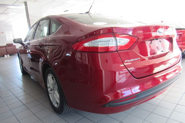 2016 Ford Fusion SE W/ BACK UP CAM Chicago, Illinois 7