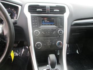 2016 Ford Fusion SE/AWD Farmington, MN 4