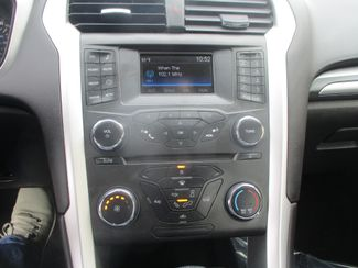 2016 Ford Fusion S Farmington, MN 4