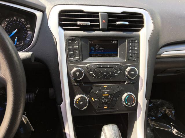 2016 Ford Fusion S Farmington, MN 6