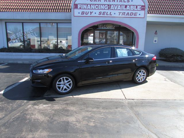 2016 Ford Fusion SE in Fremont, OH 43420
