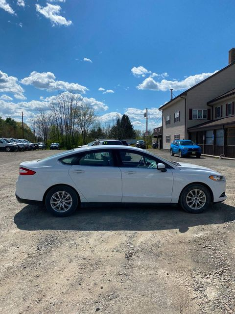 2016 Ford Fusion S Hoosick Falls, New York 2