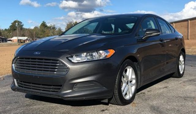 2016 Ford Fusion SE in Hope Mills, NC 28348
