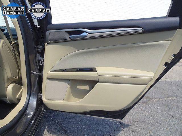 2016 Ford Fusion Hybrid SE Madison, NC 32