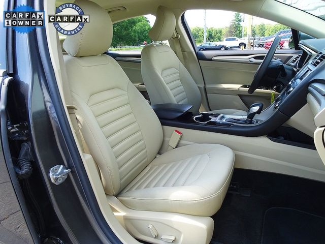 2016 Ford Fusion Hybrid SE Madison, NC 40
