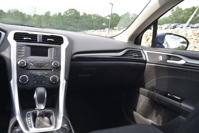 2016 Ford Fusion Hybrid SE Naugatuck, Connecticut 15
