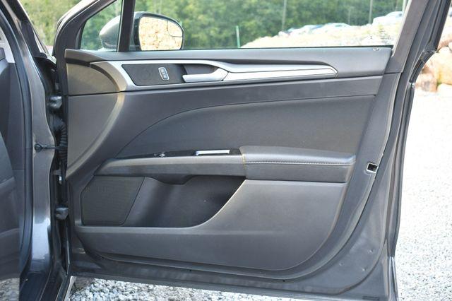 2016 Ford Fusion Hybrid SE Naugatuck, Connecticut 10