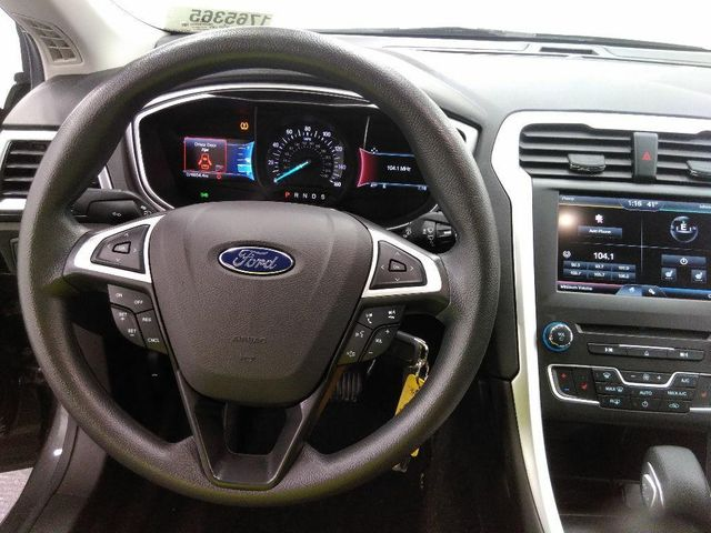 2016 Ford Fusion SE in St. Louis, MO 63043
