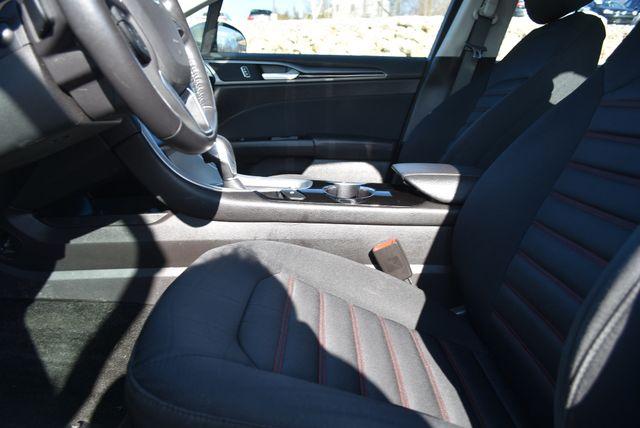 2016 Ford Fusion SE AWD Naugatuck, Connecticut 16