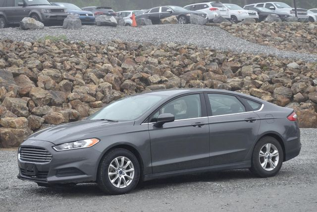 2016 Ford Fusion S Naugatuck, Connecticut