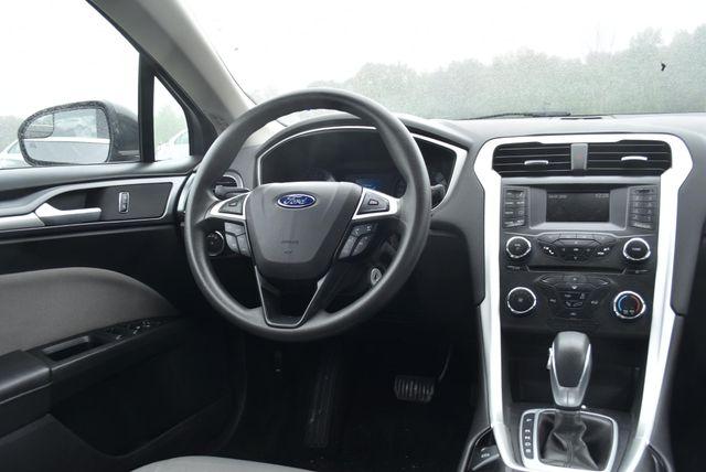 2016 Ford Fusion S Naugatuck, Connecticut 12