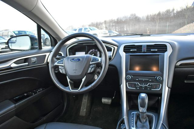2016 Ford Fusion SE Naugatuck, Connecticut 15