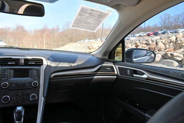 2016 Ford Fusion SE Naugatuck, Connecticut 19