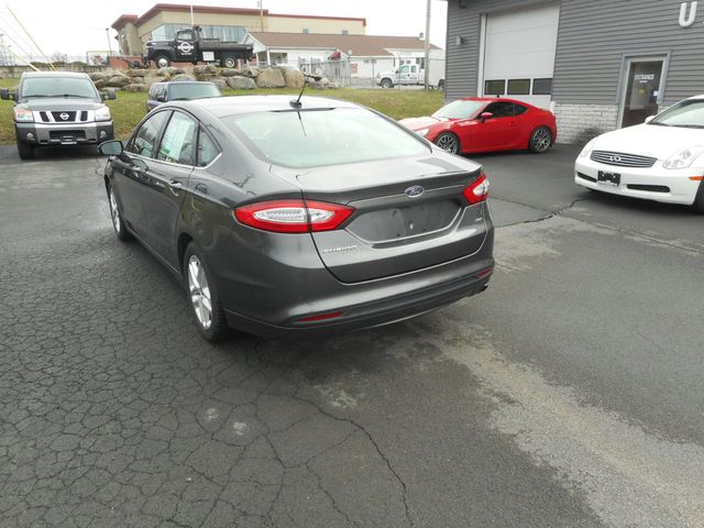 2016 Ford Fusion SE New Windsor, New York 3