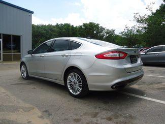 2016 Ford Fusion SE 2.0t. LEATHER. NAVIGATION SEFFNER, Florida 11