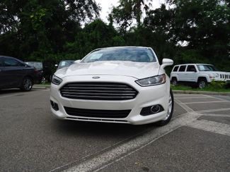 2016 Ford Fusion SE LUXURY. LEATHER. NAVIGATION. HTD SEATS SEFFNER, Florida 4