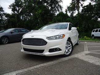 2016 Ford Fusion SE LUXURY. LEATHER. NAVIGATION. HTD SEATS SEFFNER, Florida