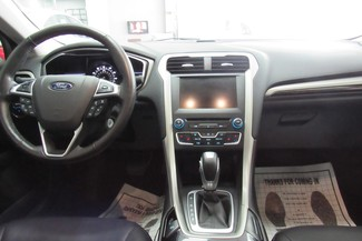 2016 Ford Fusion  SE W/NAVIGATION SYSTEM/ BACK UP CAM Chicago, Illinois 9
