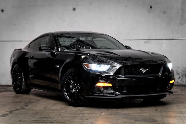 2016 Ford Mustang GT Premium Package in Addison, TX 75001