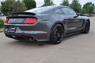2016 Ford Mustang Shelby GT350 Bettendorf, Iowa 6