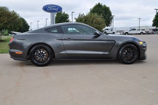 2016 Ford Mustang Shelby GT350 Bettendorf, Iowa 23