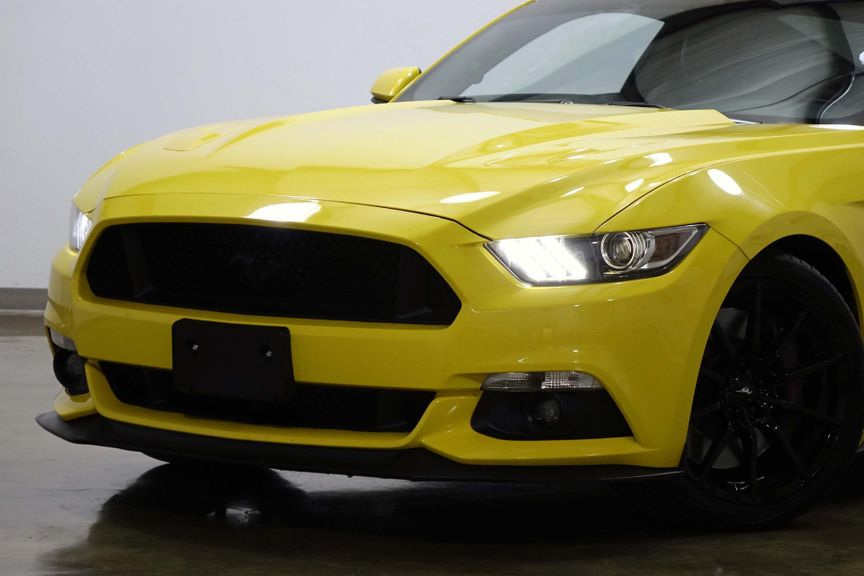 Ford Mustang Gt Premium Brembo Brakes  Inch Wheels In Dallas Texas