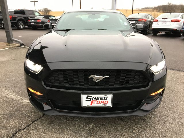 2016 Ford Mustang V6 in Gower Missouri, 64454