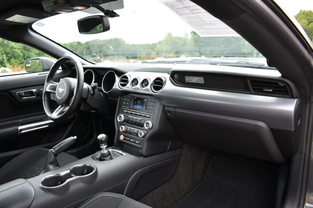 2016 Ford Mustang GT Naugatuck, Connecticut 10