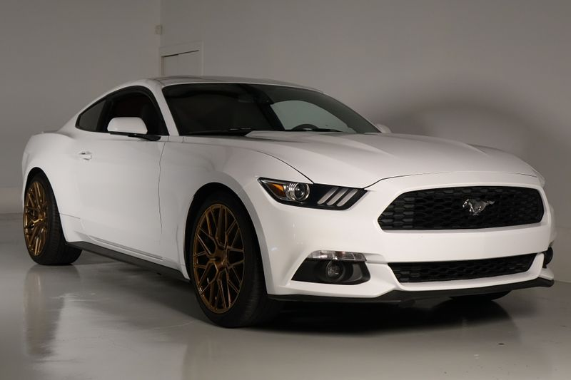2016 Ford Mustang EcoBoost* Auto* BU Cam* Custom Rims* EZ Financing* | Plano, TX | Carrick's Autos in Plano TX