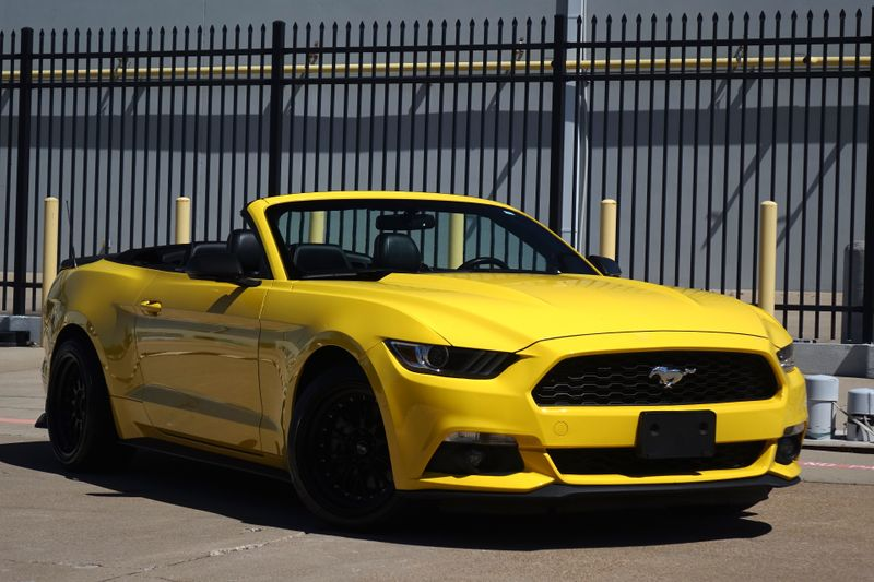 2016 Ford Mustang EcoBoost Premium*Auto*Only 87k*   Plano, TX   Carrick's Autos in Plano TX