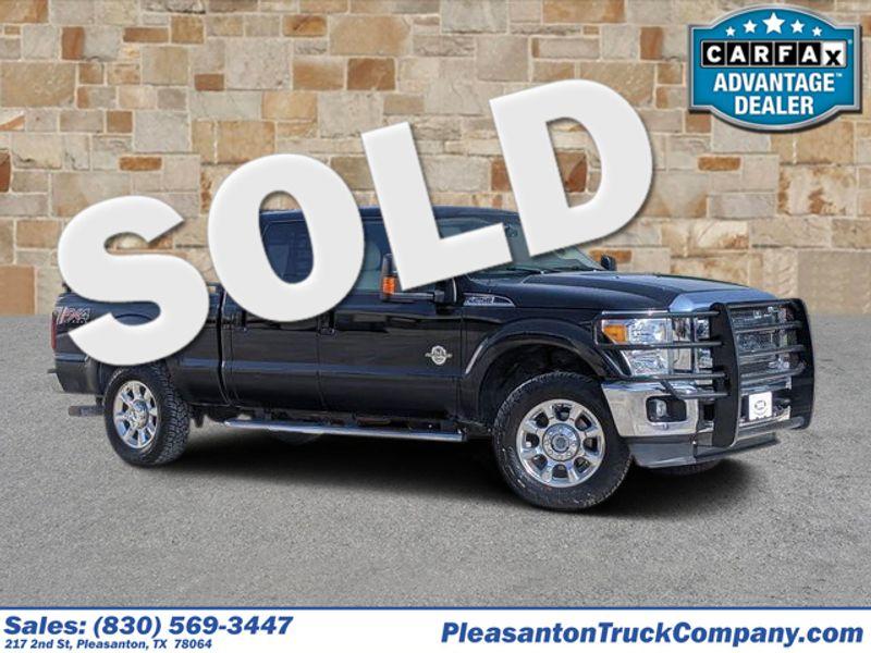 2016 Ford Super Duty F-250 Pickup Lariat   Pleasanton, TX   Pleasanton Truck Company in Pleasanton TX