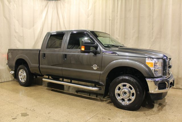 2016 Ford Super Duty F-250 Diesel 4x4 XLT in Roscoe, IL 61073