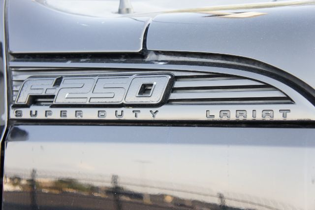 2016 Ford Super Duty F-250 Pickup Lariat in San Antonio, TX 78233