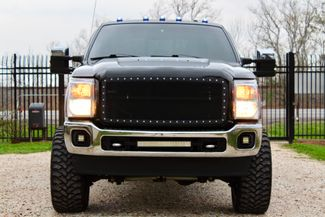 2016 Ford Super Duty F-250 Lariat Crew Cab 4x4 6.7L Powerstroke Diesel Auto LIFTED Sealy, Texas 3