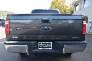 2016 Ford Super Duty F-250 SRW 4WD Crew Cab XLT Waterbury, Connecticut 3