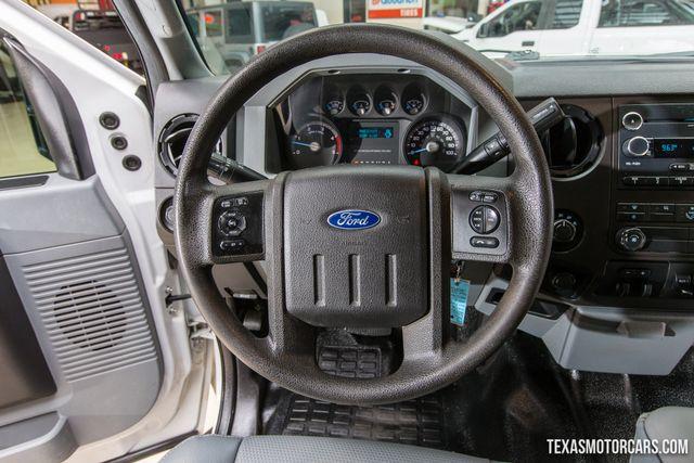 2016 Ford Super Duty F-350 DRW XL 4X4 Flatbed in Addison Texas, 75001