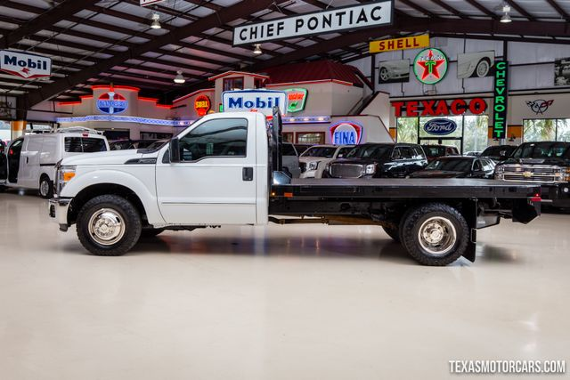 2016 Ford Super Duty F-350 DRW Chassis Cab XL Flatbed in Addison, Texas 75001