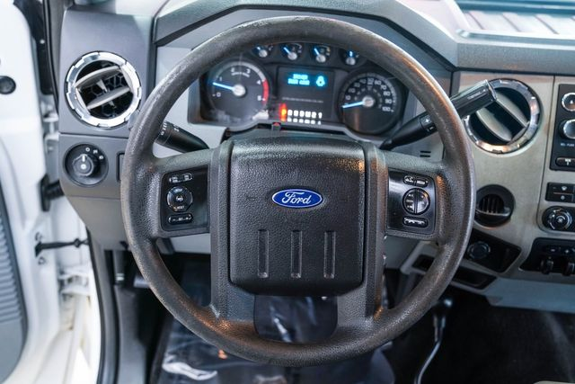 2016 Ford Super Duty F-350 DRW Chassis Cab XLT 4x4 in Addison, Texas 75001