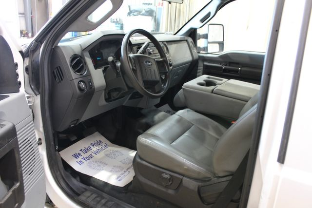 2016 Ford Super Duty F-350 Diesel Utlity XL in Roscoe, IL 61073