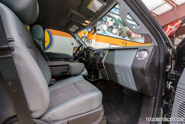 2016 Ford Super Duty F-350 DRW Pickup XLT 4X4 Flatbed in Addison, Texas 75001